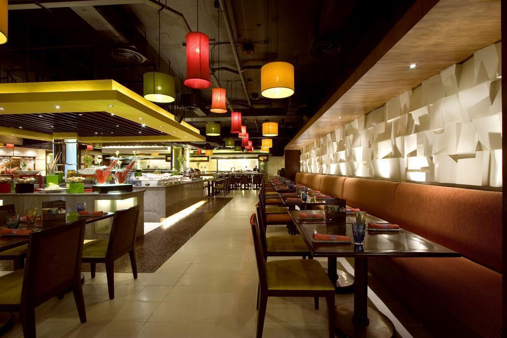Waterfront Cebu City Hotel & Casino Филиппины о. Себу