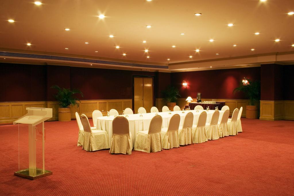 Фото Waterfront Cebu City Hotel & Casino о. Себу