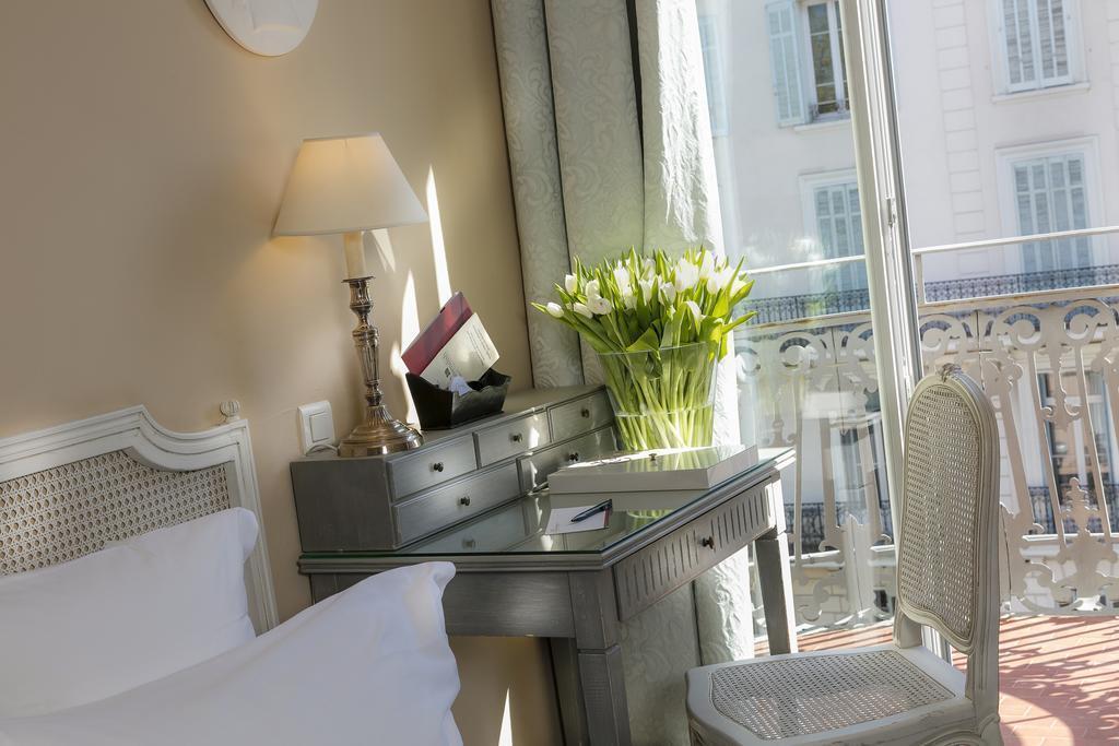 Отель Le Cavendish Канны