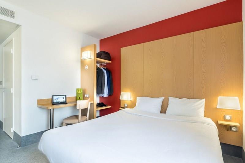 Отель B&B Hotel Cannes Ouest La Bocca Канны