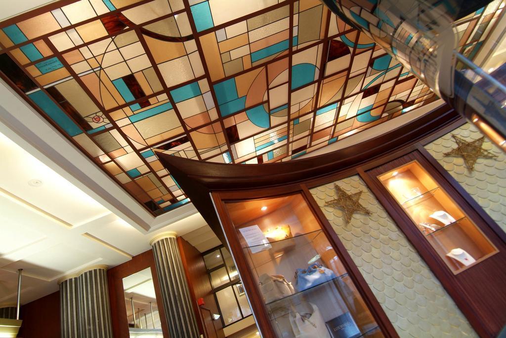 Отель Art Deco Euralille Франция Лилль