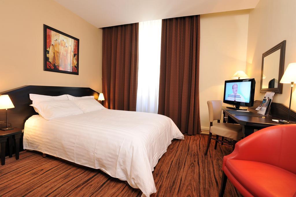 Best Western Hotel De Verdun Лион