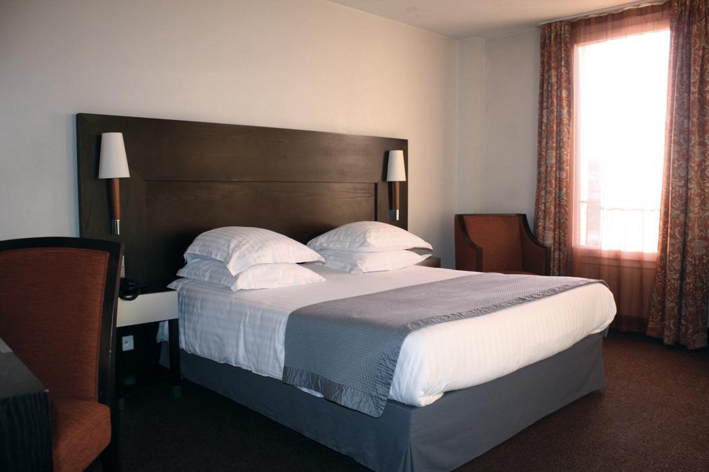 Отель New Hotel Saint-Charles Франция Марсель