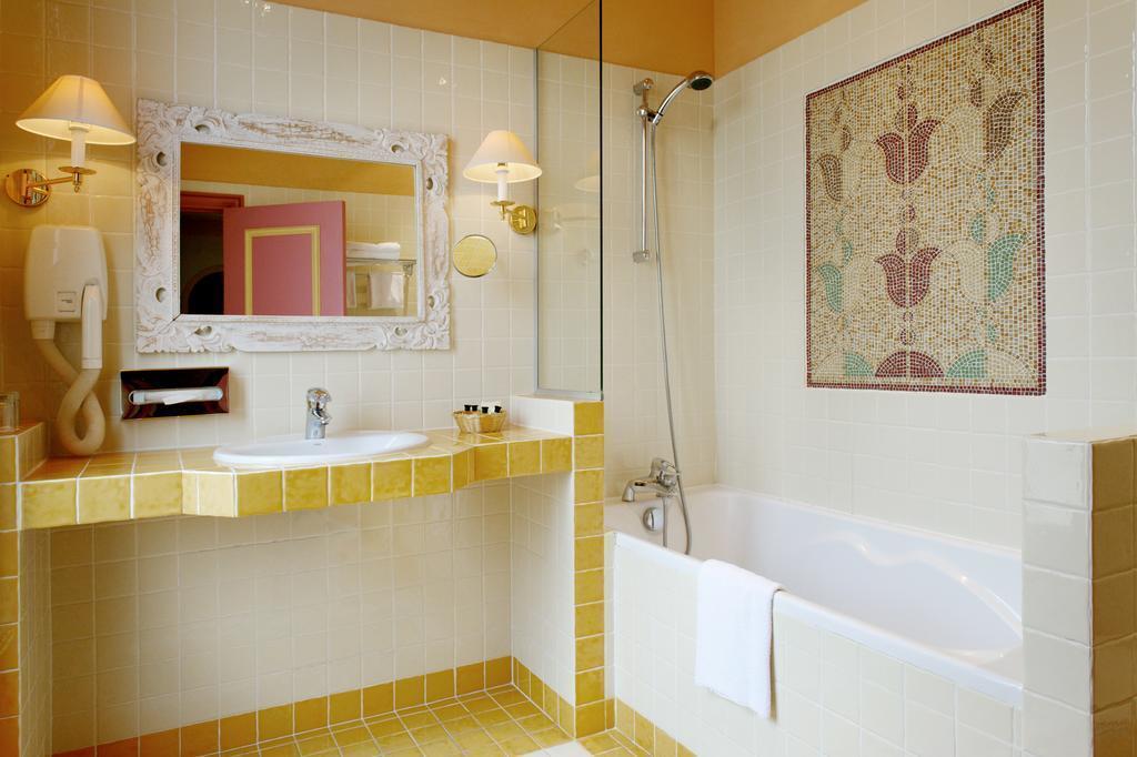New Hotel Vieux Port Марсель