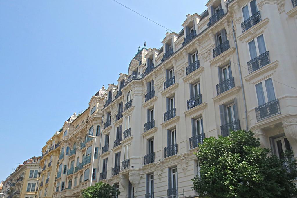 Отель Kyriad Gare Франция Ницца