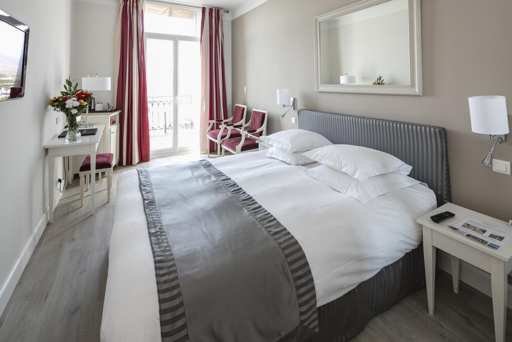 Отель Suisse Франция Ницца