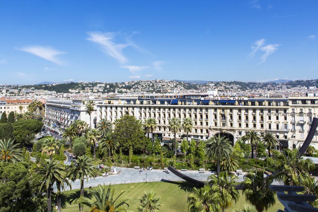 B4 Plaza Франция Ницца