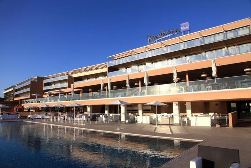 Radisson Blu & Spa Ajaccio Bay 4*