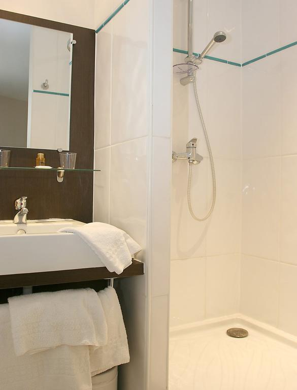 Отель Amarys Simart Париж