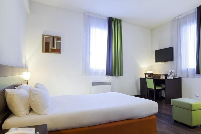 Отель Comfort Bobigny Paris Est 3* Париж