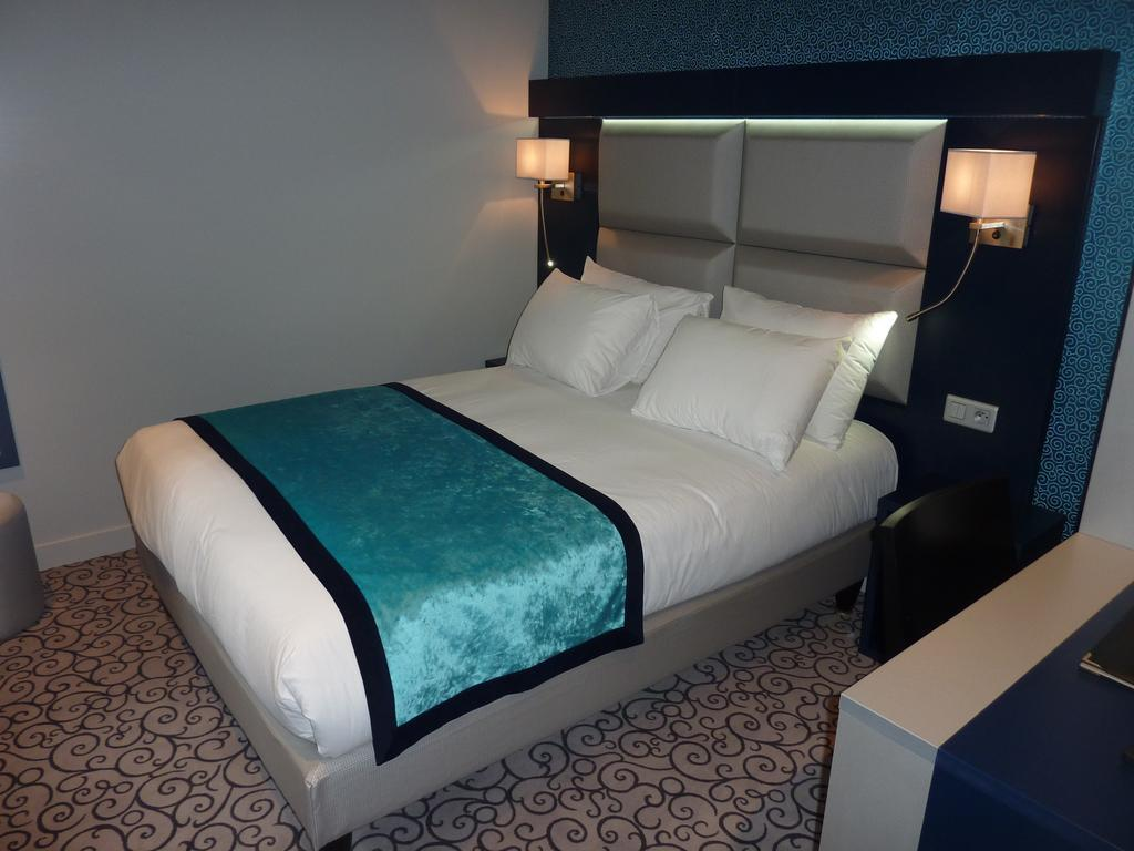 Отель Best Western Montmartre Париж