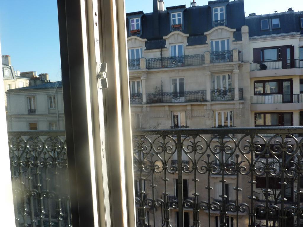 Фото Best Western Montmartre Париж