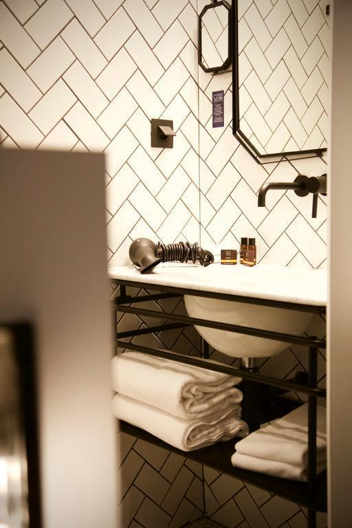 Фото Coq Hotel Paris