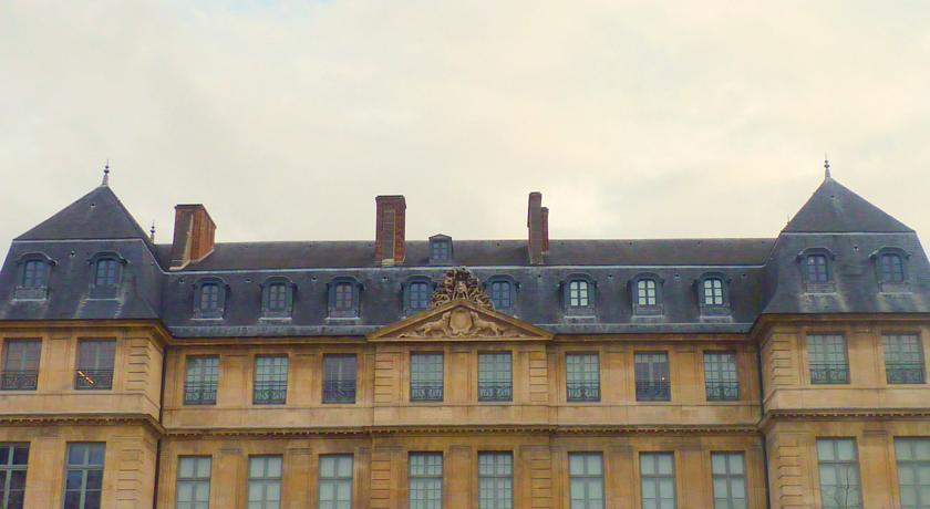 Отель Dupond Smith Париж