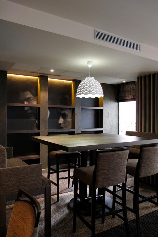 Отель Best Western Premier Le Swann Париж