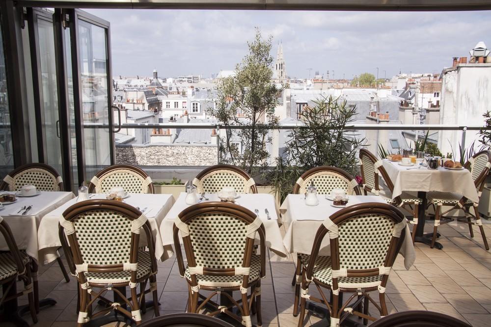 Bac Saint Germain Париж