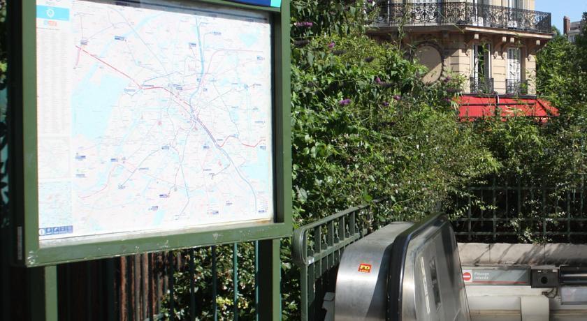 Фото Bac Saint Germain Париж