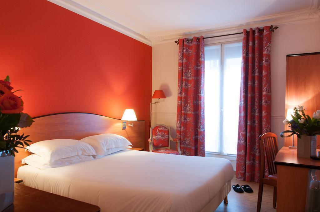 Отель Eden Montmartre Париж