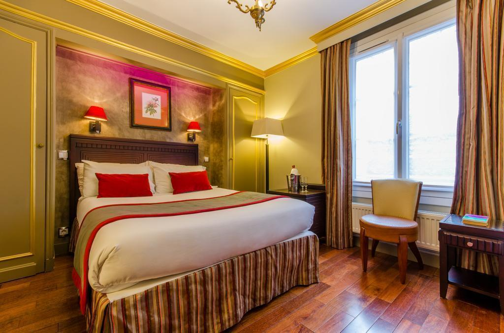 Фото Golden Hotel Paris