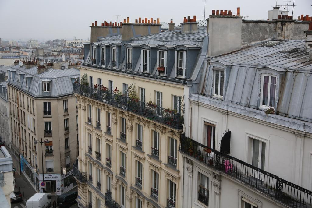 Boronali Франция Париж