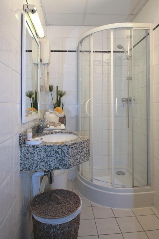 Отель Bastille De Launay Франция Париж