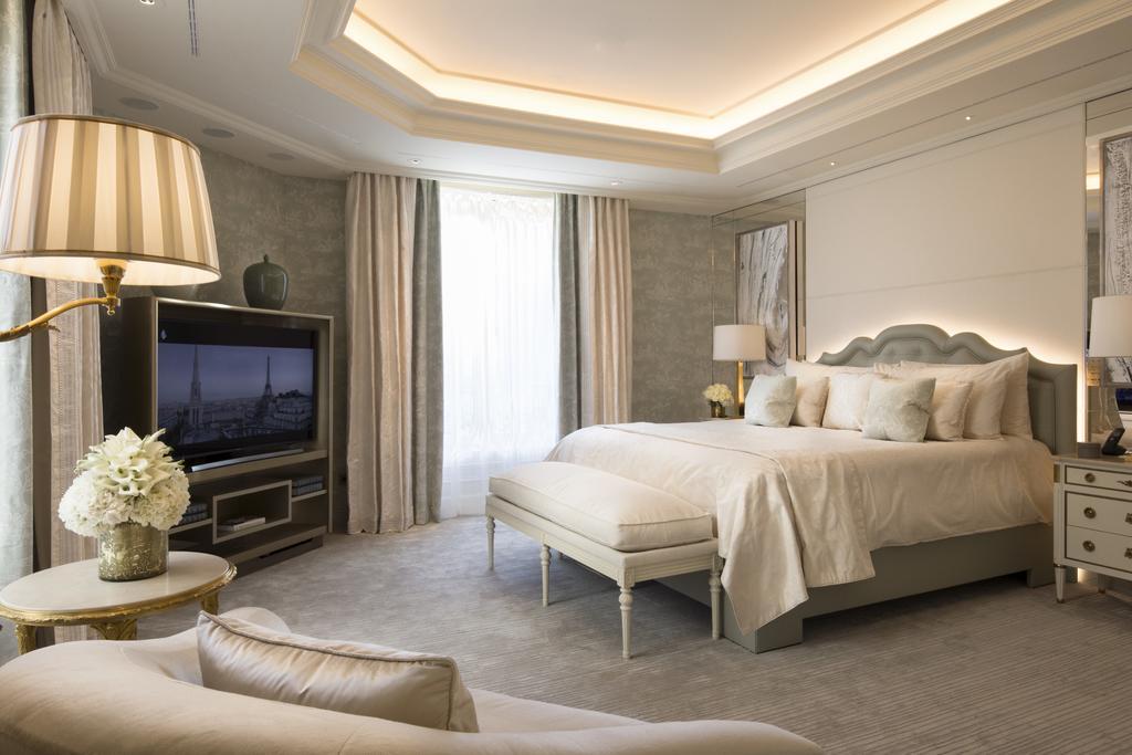 Фото Four Seasons Hotel George V