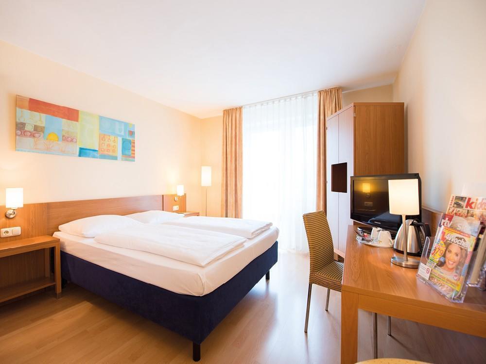 Фото Comfort Hotel Am Medienpark 3*