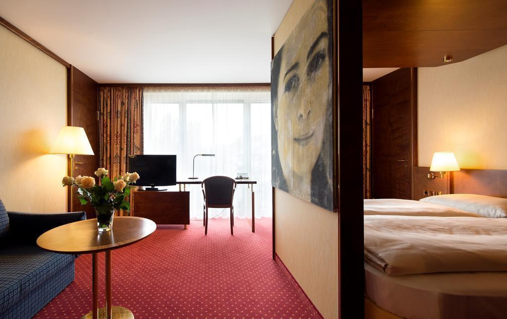 Фото Derag Livinghotel Prinzessin Elisabeth Германия