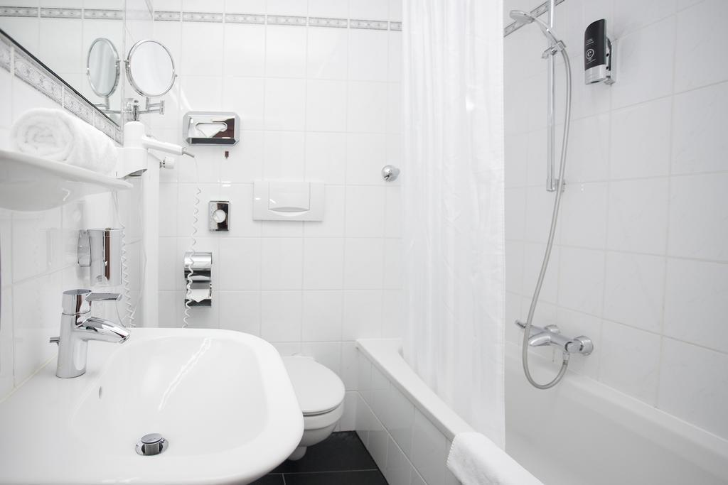 Фото Centro Hotel Mondial 3*