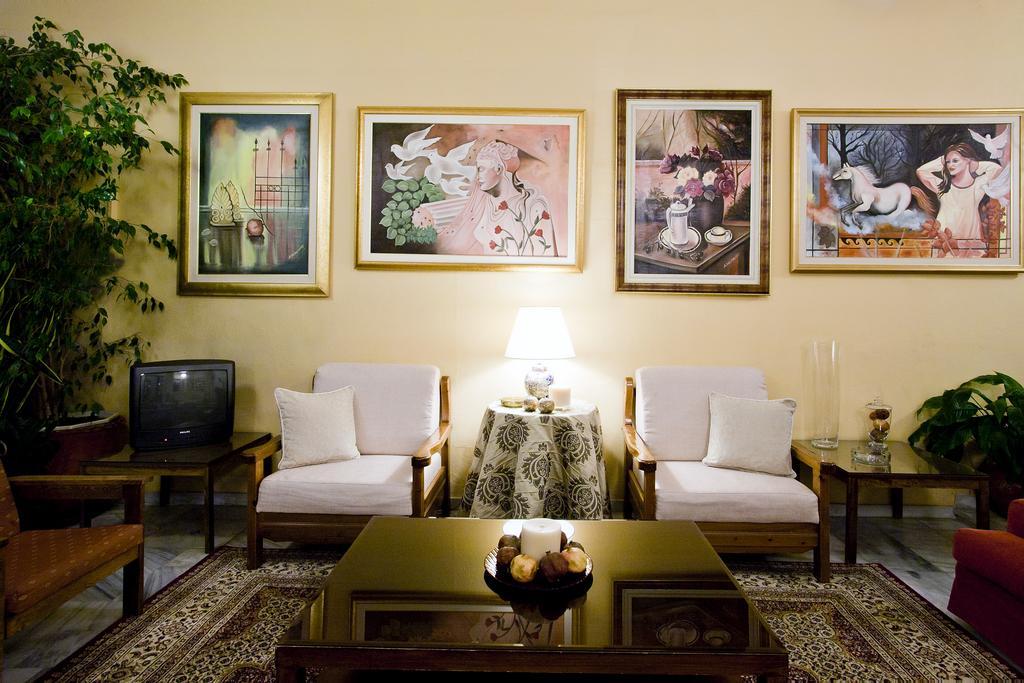 Отель Kouros Hotel Греция Дельфы