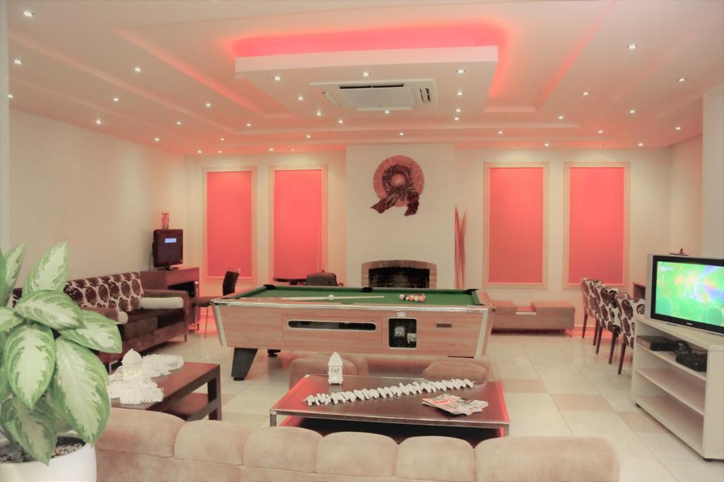 Отель Dionyssos Hotel Ираклион (о. Крит)
