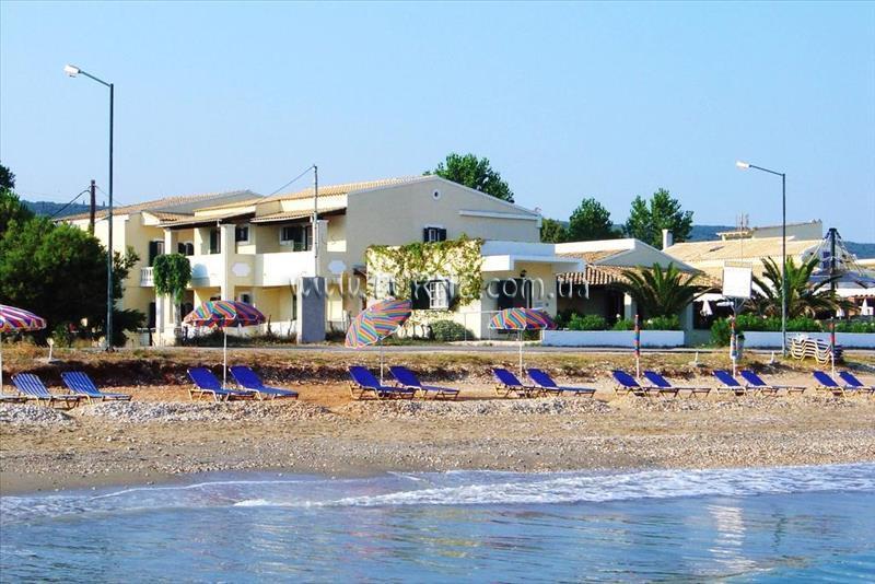 Beach Front Salvanos Apartments о. Корфу