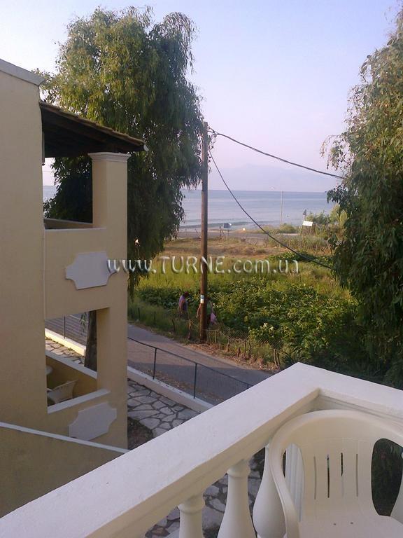 Отель Beach Front Salvanos Apartments о. Корфу