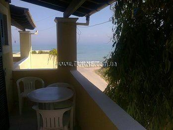 Фото Beach Front Salvanos Apartments Греция