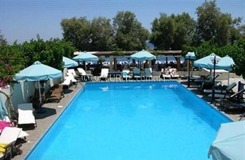 Roussos Beach Hotel о. Санторини