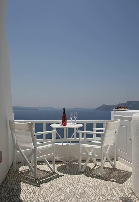 Фото Delfini Villas Греция о. Санторини