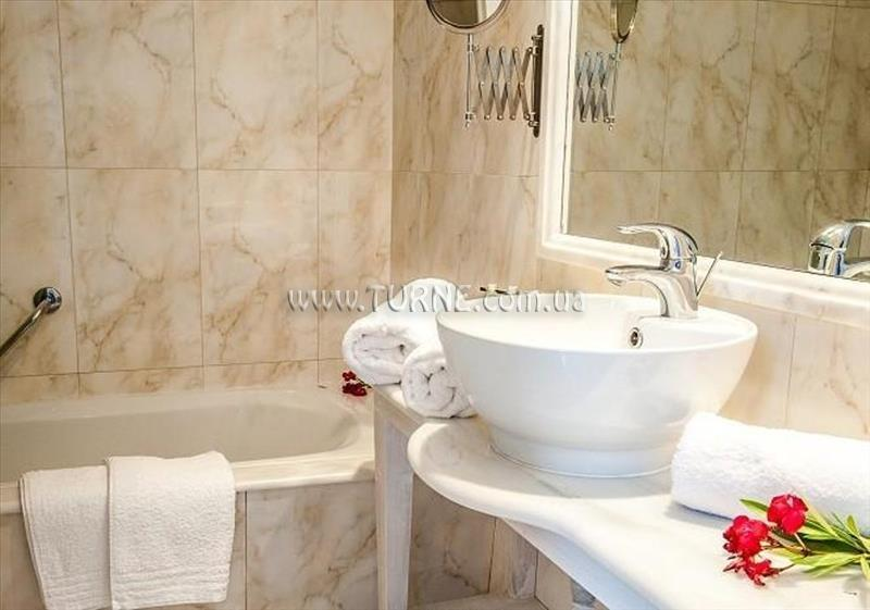 Отель Gerakas Belvedere Hotel & Luxury Suites о. Закинф
