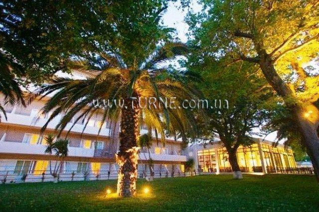 Фото Long Beach Hotel Пелопоннес