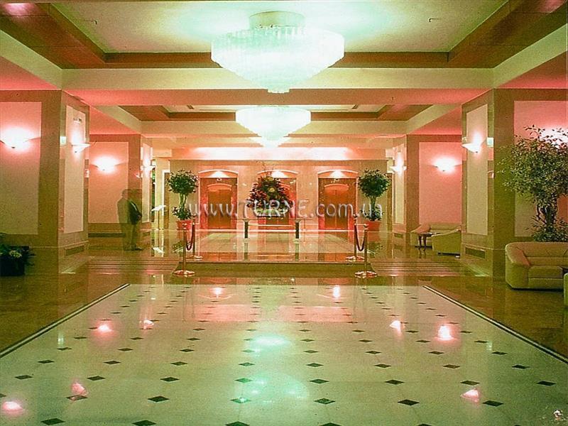 Фото Capsis Hotel 4*