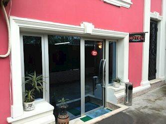 Lux Hotel Guest House 2*, Грузія, Батумі