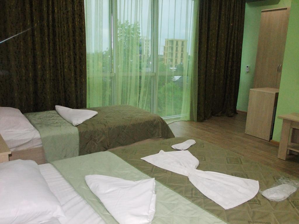 Отель Royal Palace Hotel Батуми