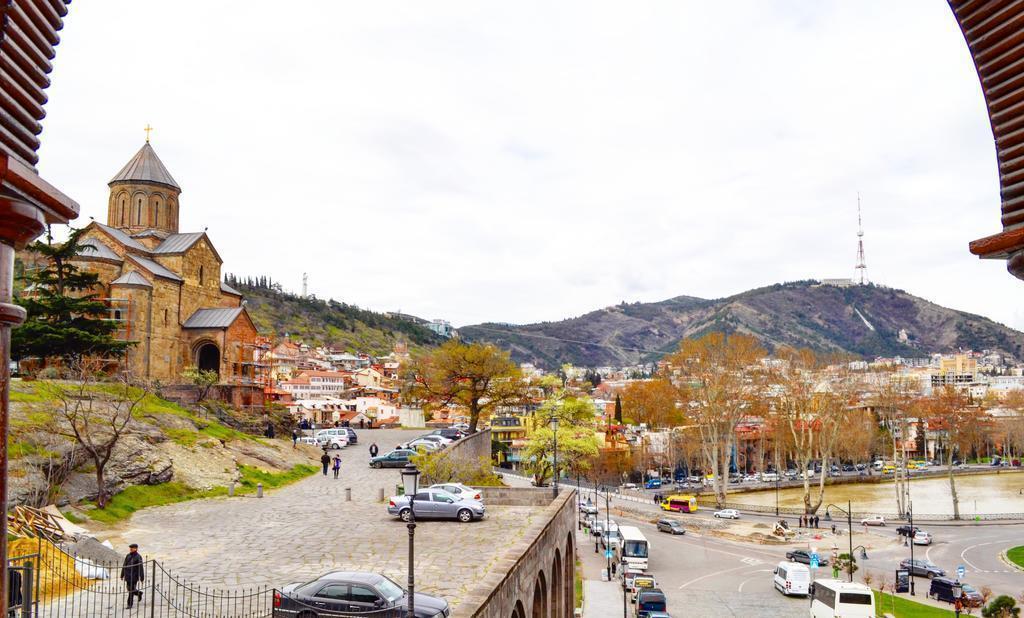 Фото Tiflis Metekhi Hotel Тбилиси
