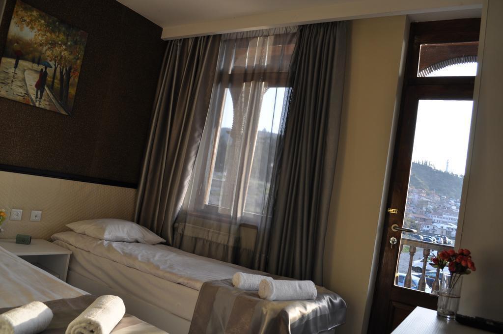 Tiflis Metekhi Hotel Тбилиси