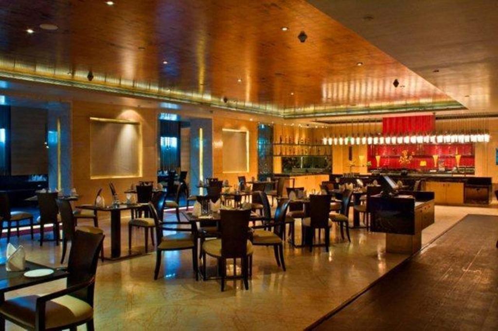 The Radisson Blu Marina Hotel Дели