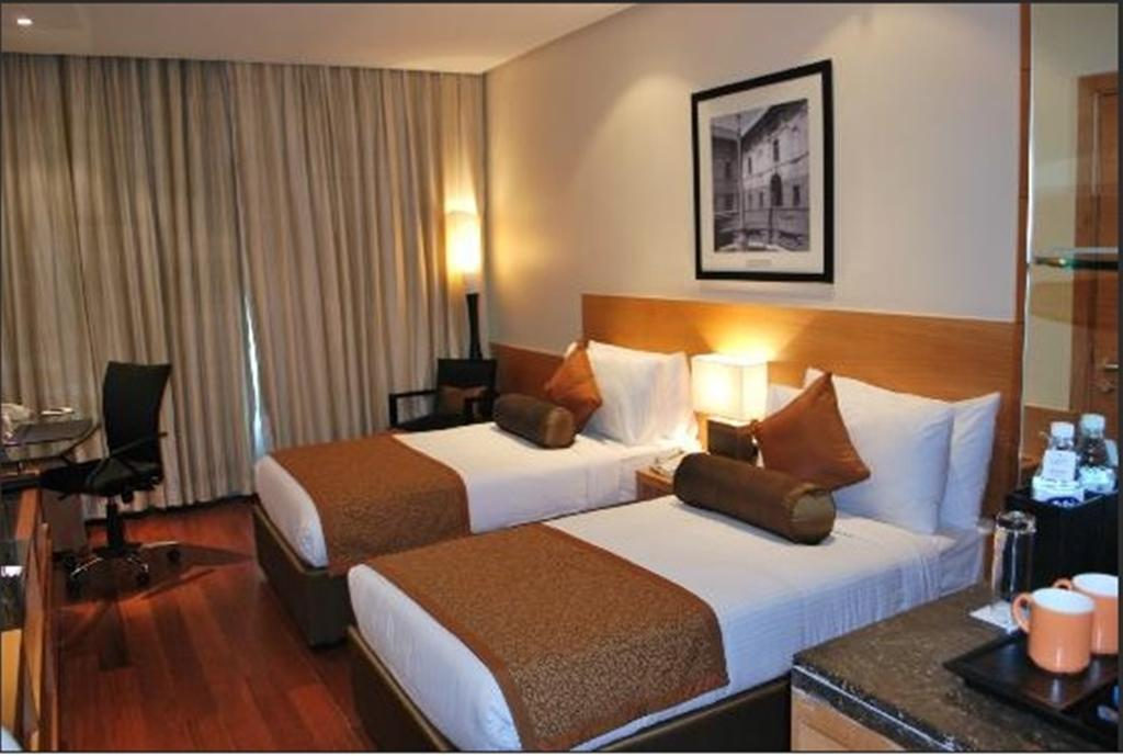 Фото The Radisson Blu Marina Hotel