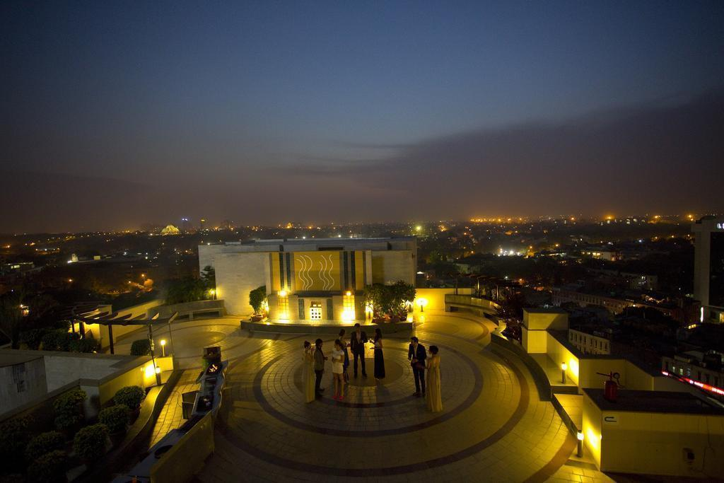 Фото The Suryaa New Delhi (Crowne Plaza) 5*
