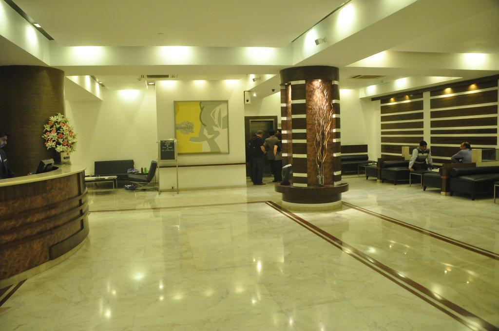 Фото The Hans Hotel 4*