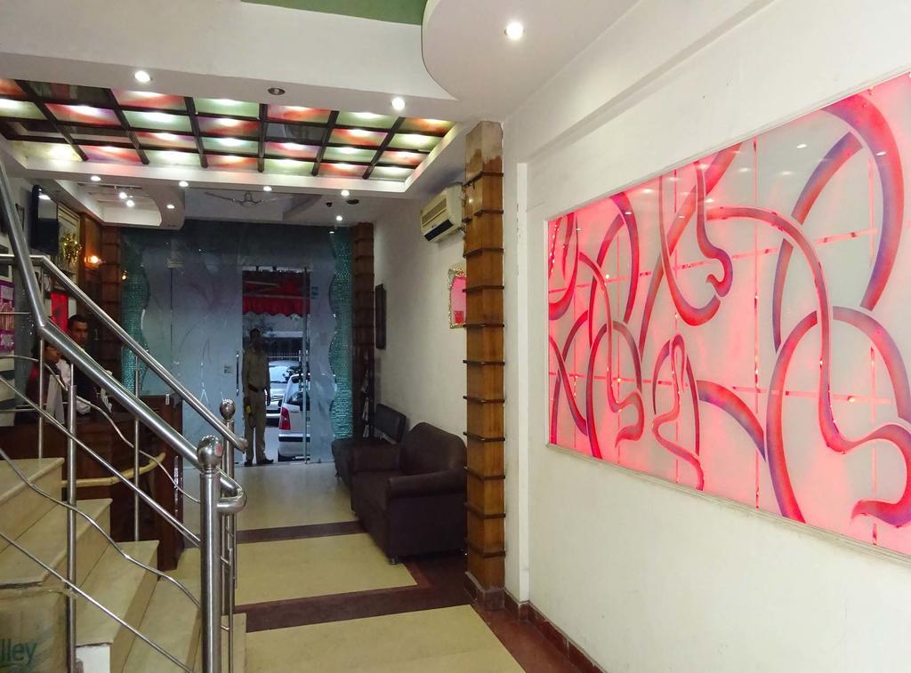 Фото Hotel Karat -87 3*