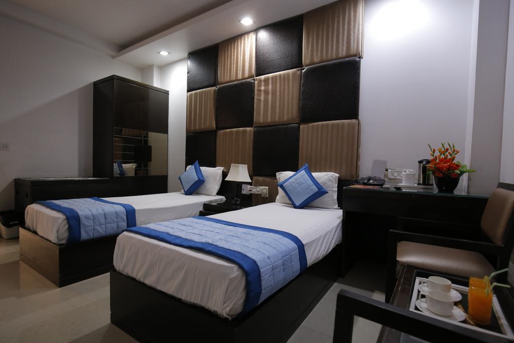 Отель Delhi Pride Индия Дели