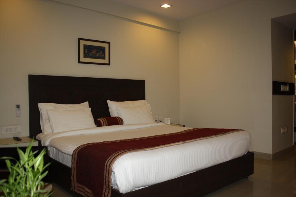 Фото Hotel Classic Diplomat 3*